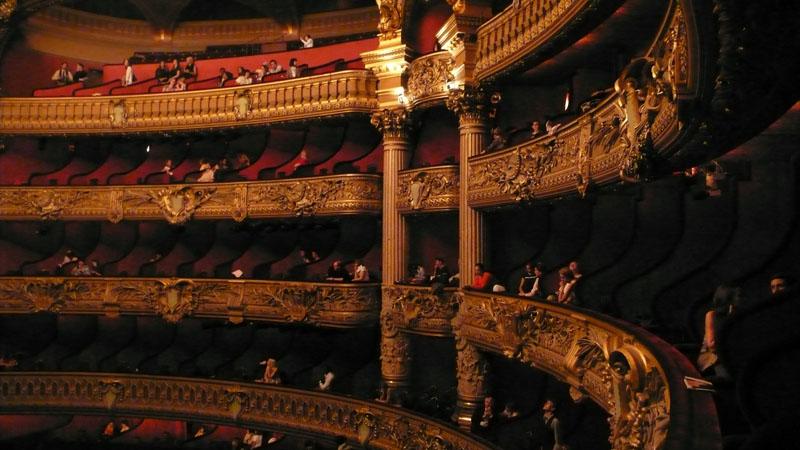 opera_g2.jpg